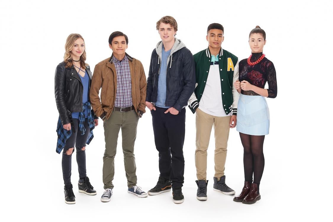 2018 - Vancouver - Neflix - Photographer - Erich Saide - TV Gallery - Reboot - Full cast - Celebrity